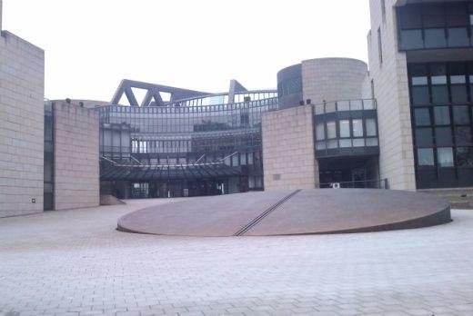 Abbildung 10: Der Eingang des Landtaggebädes